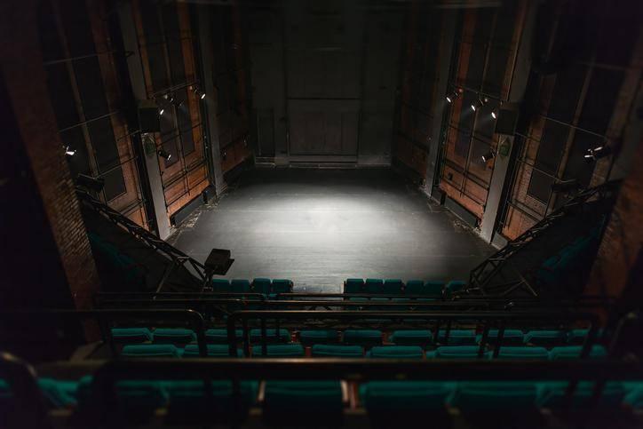 Les 5 pièces de théâtre classique incontournables cette saison