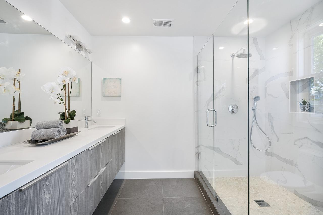 Le miroir qui sublimera votre salle de bain