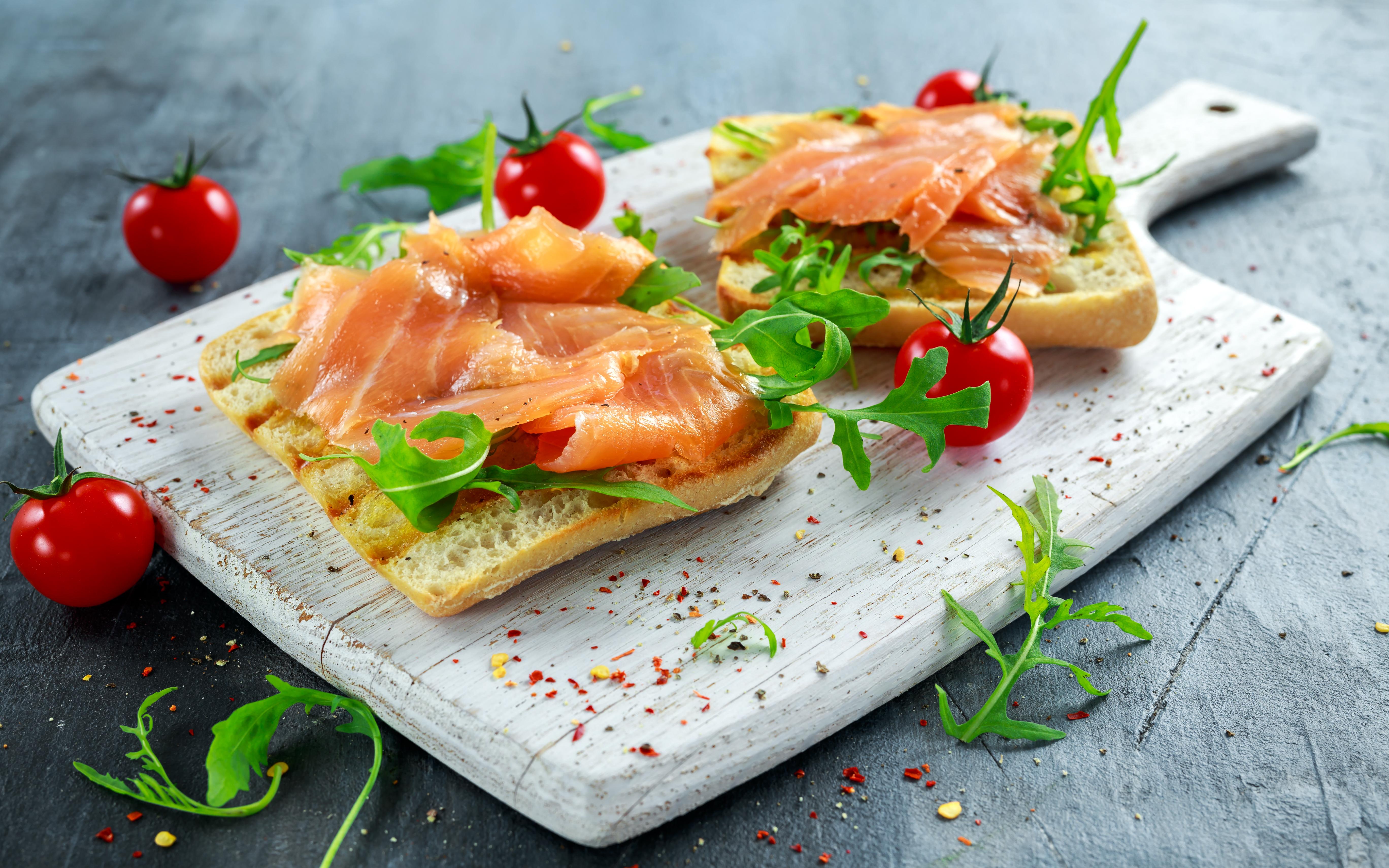Toast au saumon : Un apéritif simple et délicieux