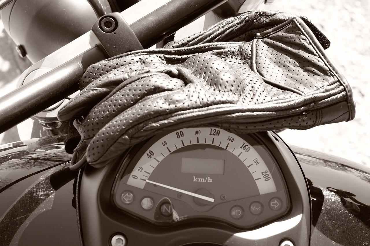 Comment bien choisir ses gants de moto ?